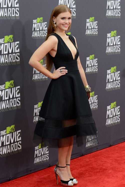 Holland Roden en los MTV Movie Awards 2013