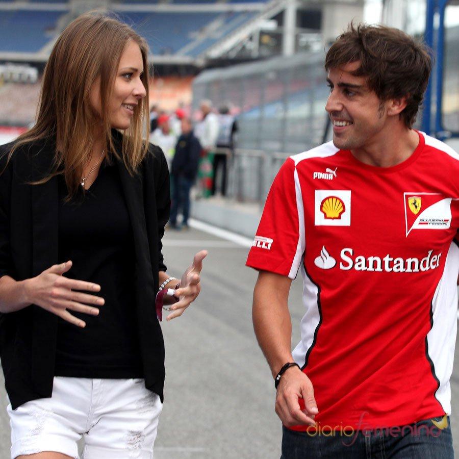 Dasha Kapustina, el principal apoyo de Fernando Alonso en la F1