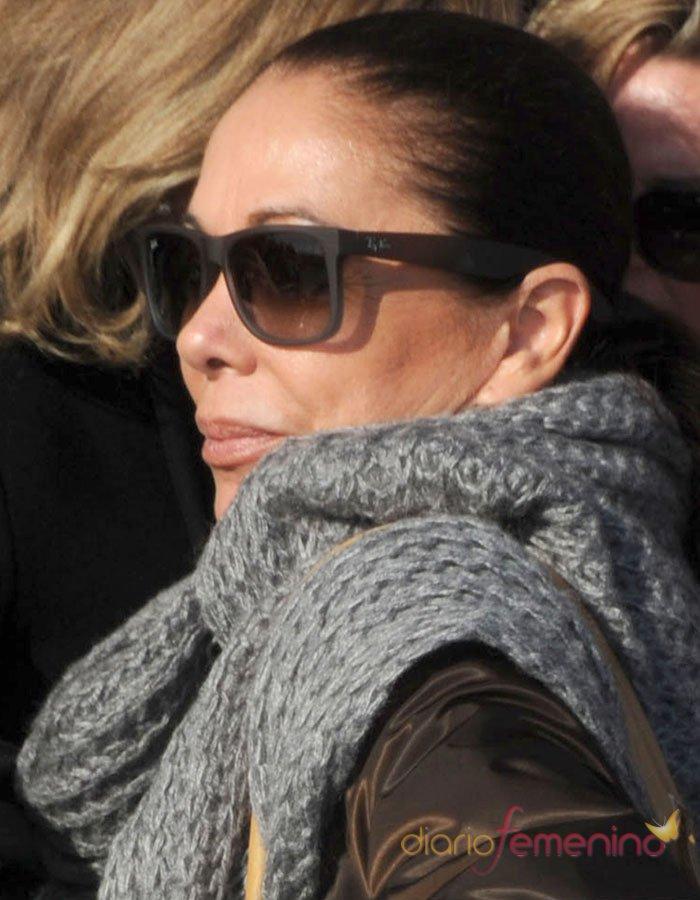 Isabel Pantoja, al juicio del caso Malaya con sus enormes gafas de sol