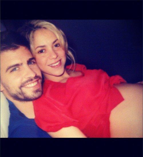 Shakira y Piqué ya mostraron en Twitter a Milan cuando estaba en la tripita de embarazada