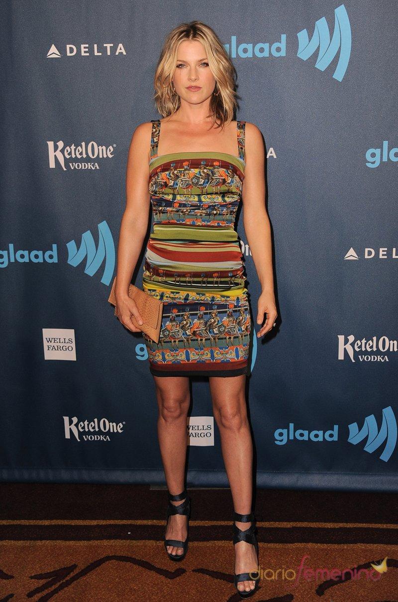 El look hippie de Ali Larter en los premios Glaad 2013