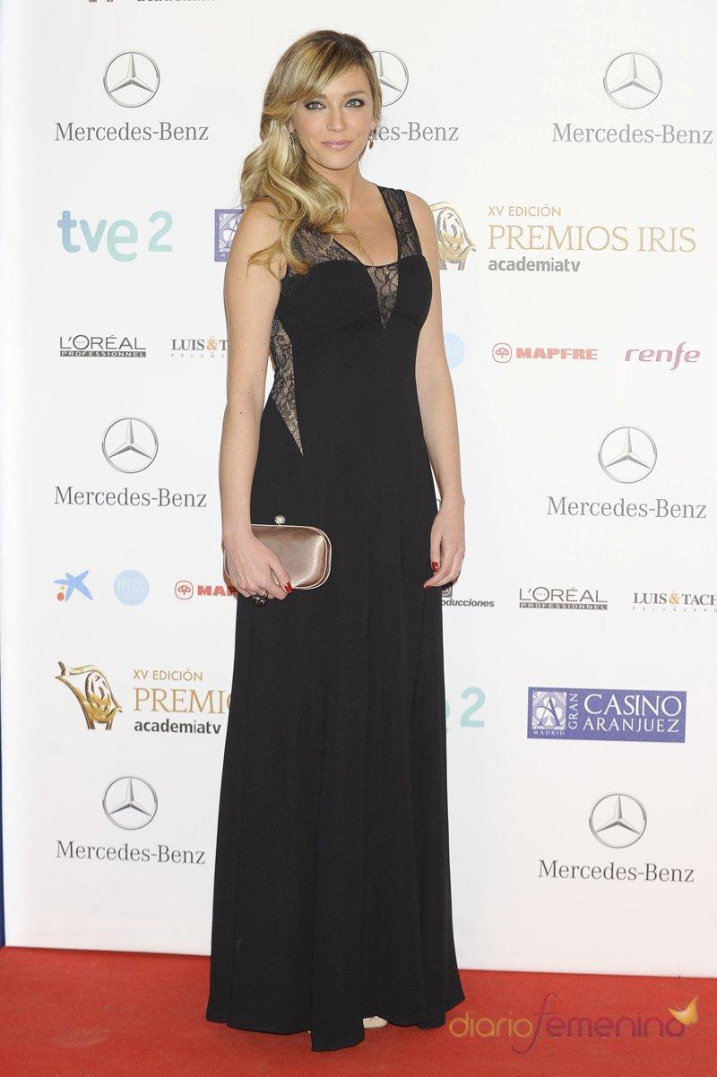 El look de Anna Simón durante los premios Iris 2013