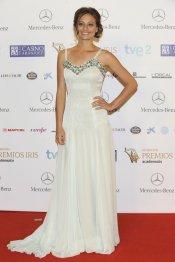 El look de Michelle Jenner, actriz de 'Isabel', durante los Premios Iris 2013