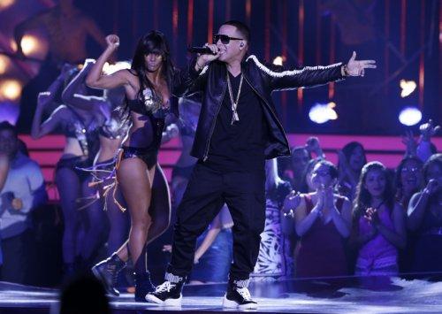 Daddy Yankee durante su actuación en la gala de los Billboard Latinos 2013