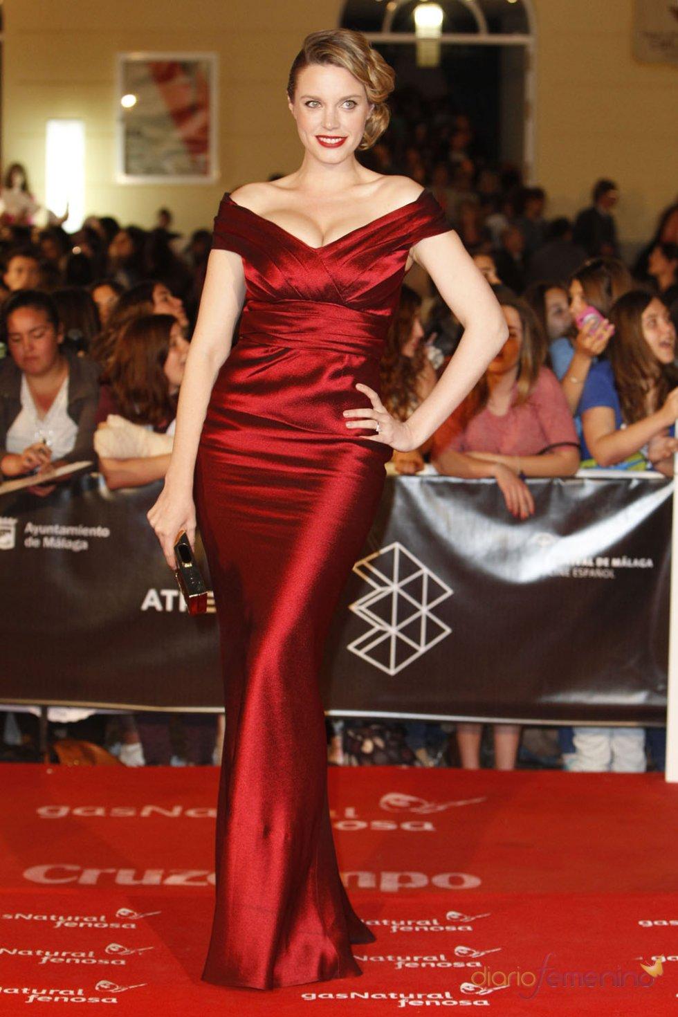 Carolina Bang en la alfombra roja del Festival de Málaga 2013
