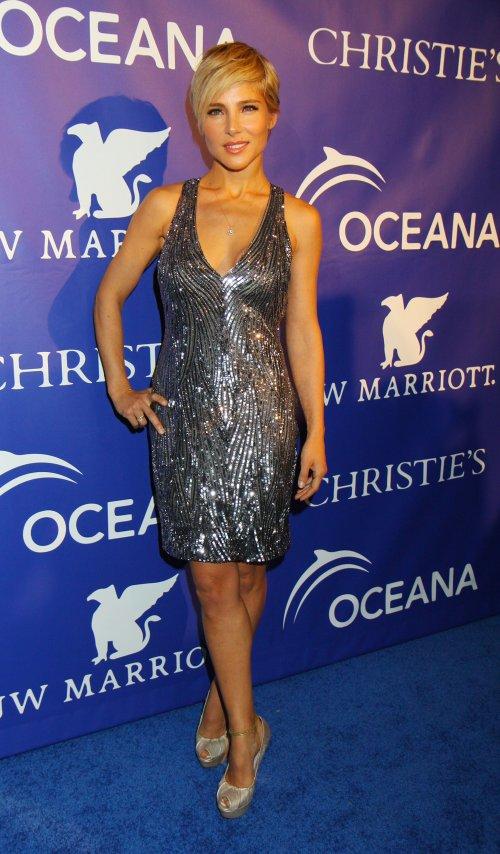 Elsa Pataky con vestido de lentejuelas durante la inauguración de Oceana Ball