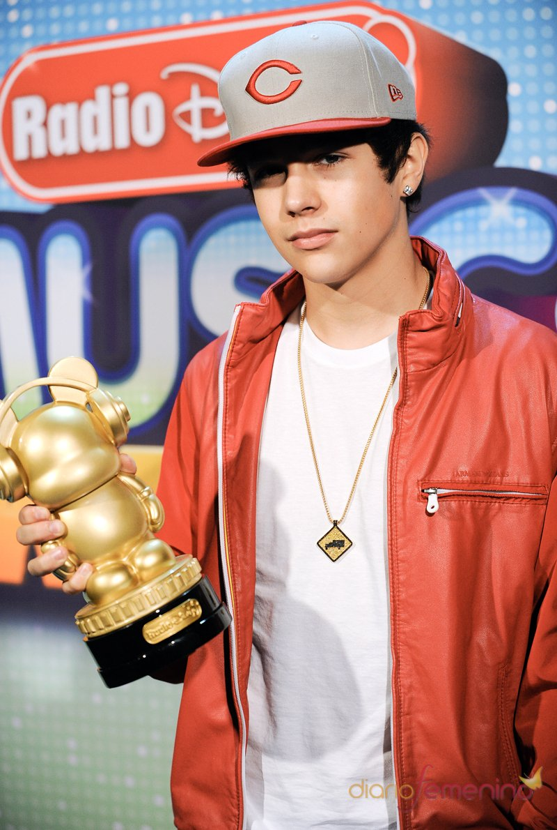 El guapo Austin Mahone triunfó en los Radio Disney Music Awards 2013