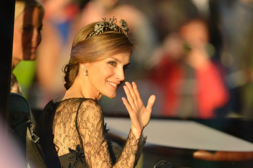 Bello primer plano de la Princesa Letizia durante la cena en honor a la Reina Beatriz de Holanda