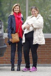 Caritina Goyanes con su hija