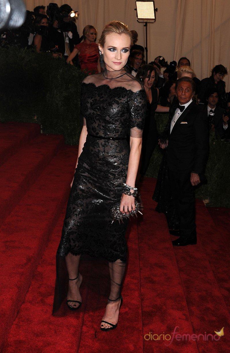 El look de Diane Kruger en la gala MET 2013 dedicada a la estética Punk