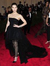 El look de Jessica Biel en la gala MET 2013 dedicada a la estética Punk