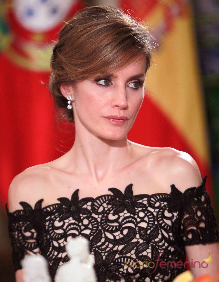 Lujoso La Mayoría De Los Vestidos De Fiesta Caras Del Mundo ...