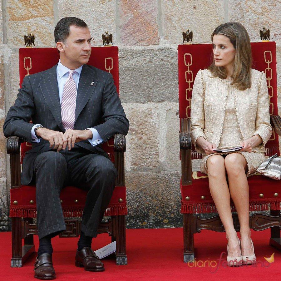Letizia y sus malas caras al Príncipe Felipe