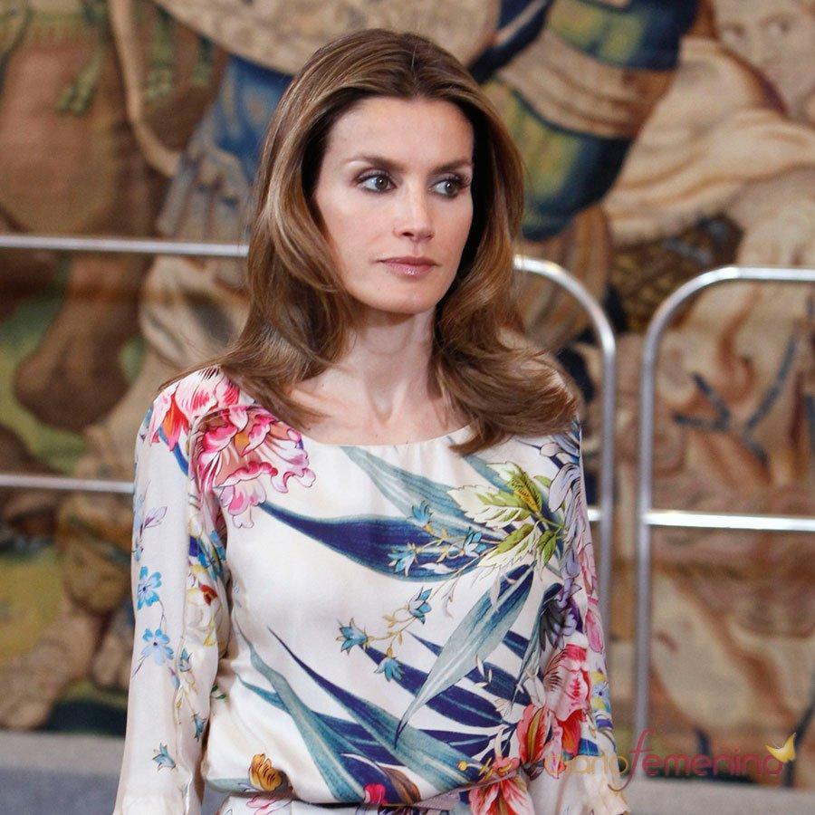 Las miradas que cortan de la Princesa Letizia
