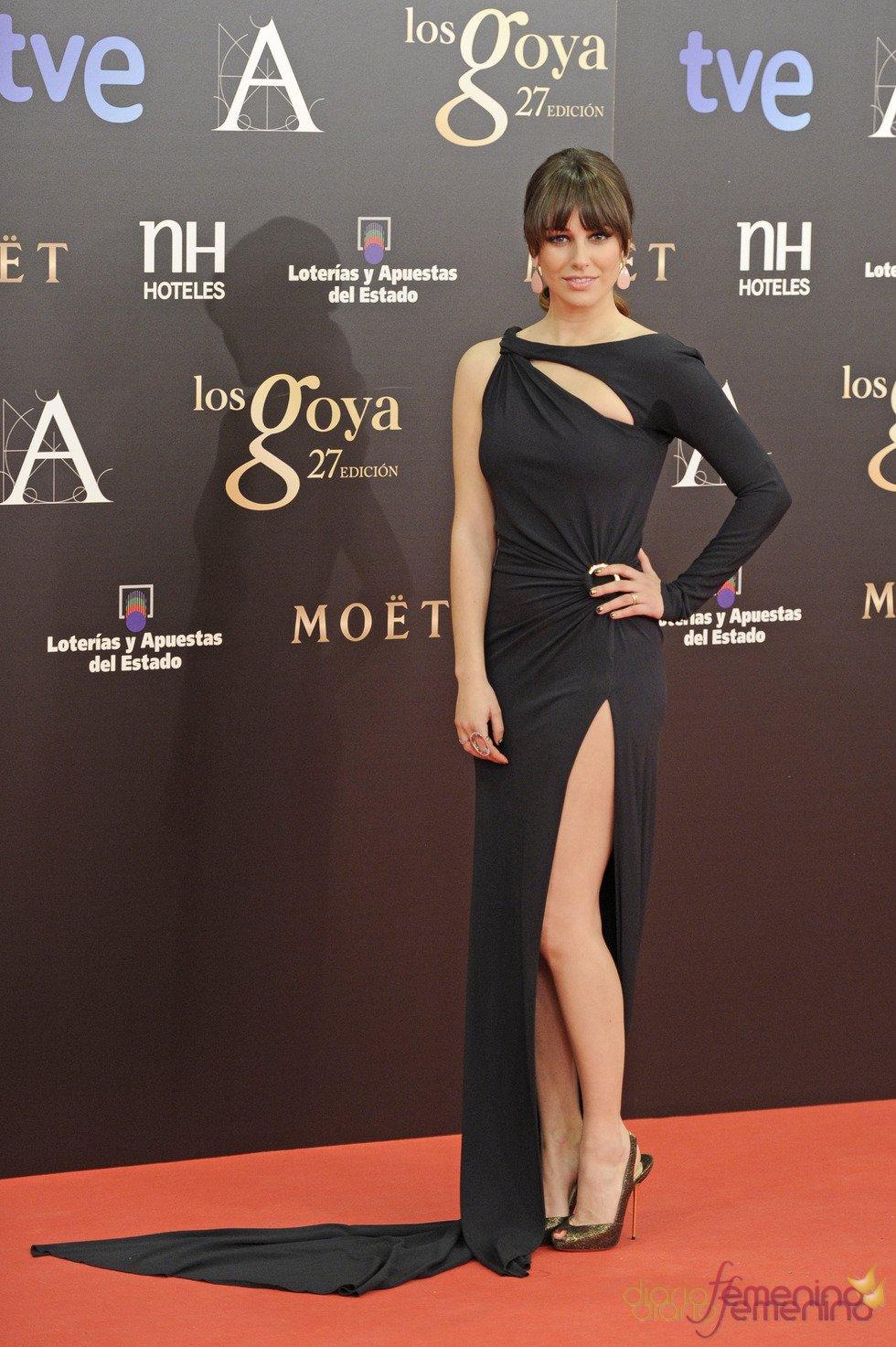 Vestidos de noche: Original vestido negro de Blanca Suárez