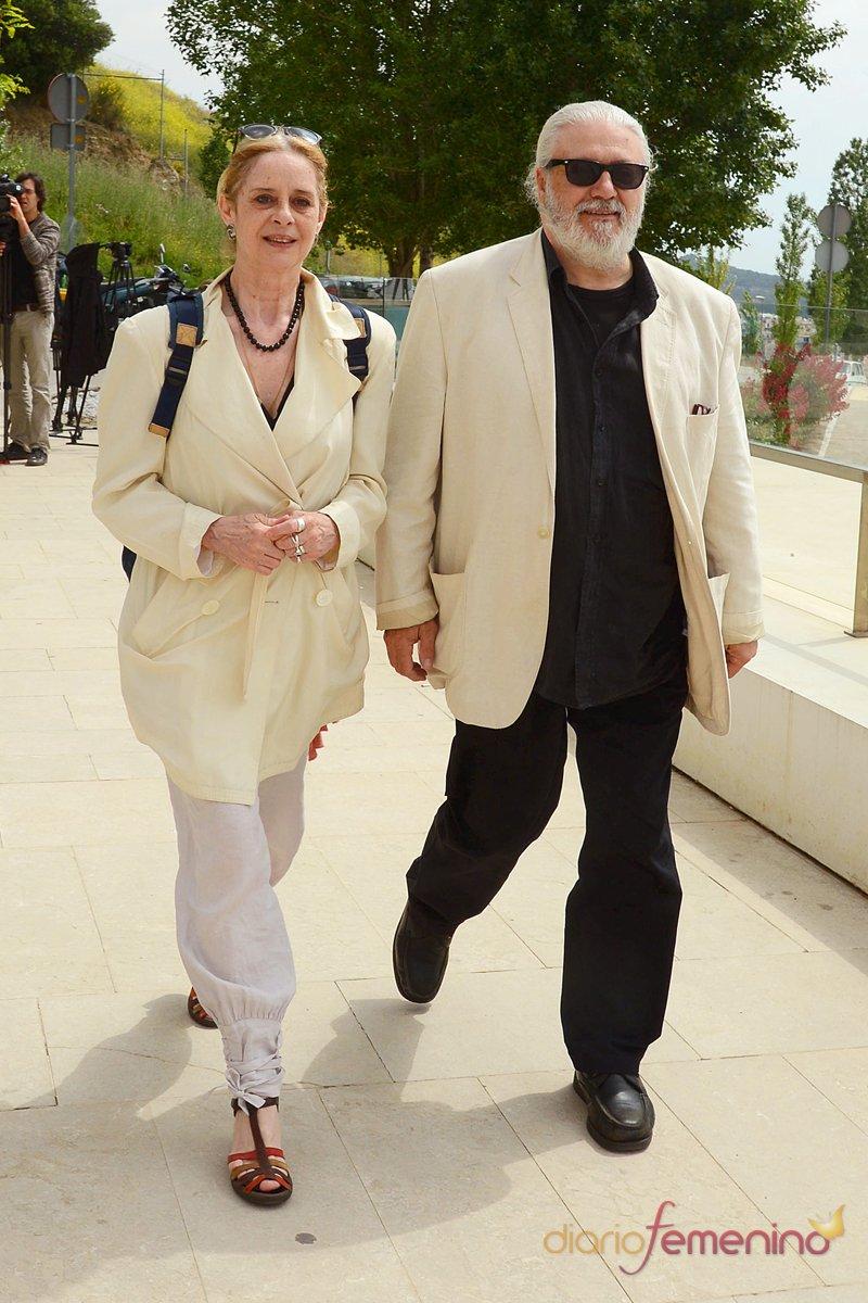 Los seres queridos de Constantino Romero se han reunido para rendirle homenaje