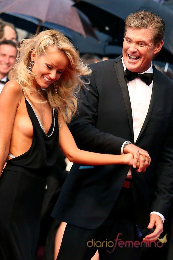 Michael Hasselhoff y su explosiva novia en el Festival de Cannes 2013