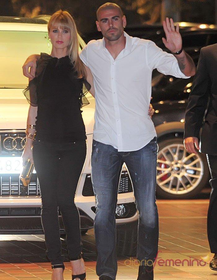 Yolanda Cardona, la novia de Víctor Valdés en la fiesta del FC Barcelona