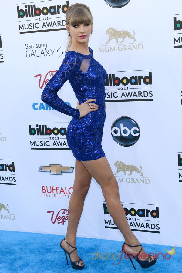 Taylor Swiftt, la reina azul de los premios Billboard Music Awards