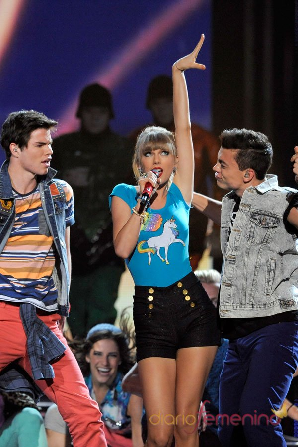 Actuación de Taylor Swift en los Billboard Music Awards 2013