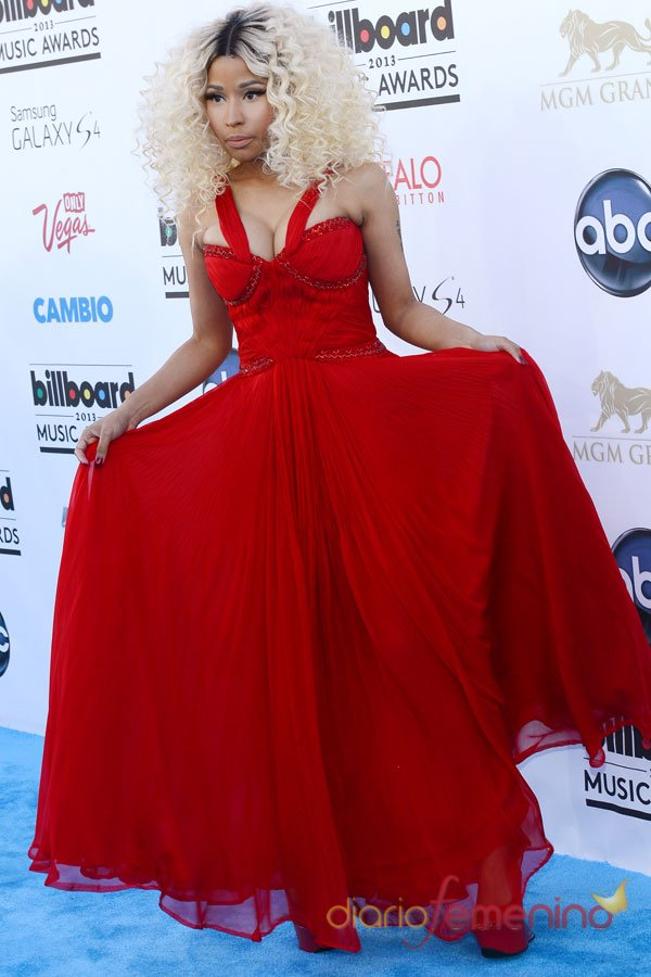 Nicki Minak,  sin tinte suficiente en los Billboard Musc Awards 2013