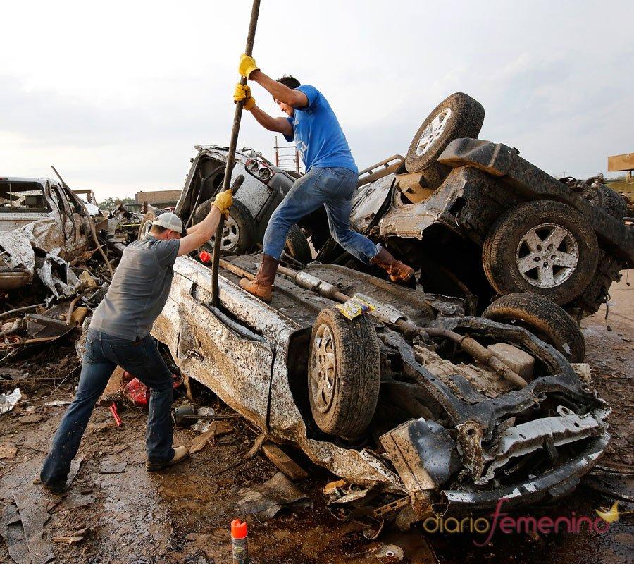 Pesadilla en Oklahoma: una ciudad destruida por los tornados