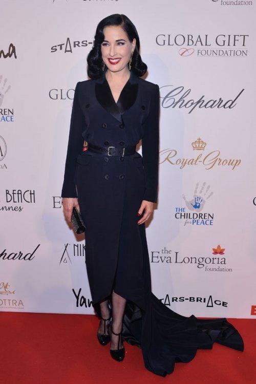 Dita Von Teese, en la Gala Global Gift en Cannes 2013