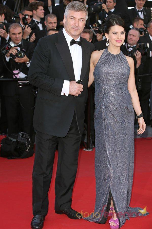 Alec Baldwin y su esposa, en el Festival de Cannes 2013