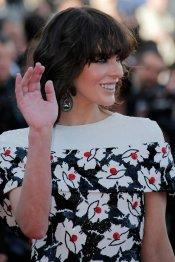Milla Jovovovich, vestido de flores en el Festival de Cannes 2013