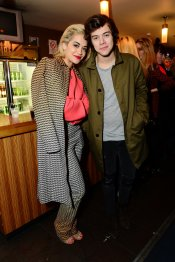 Harry Styles mantiene una bonita amistad con la cantante Rita Ora