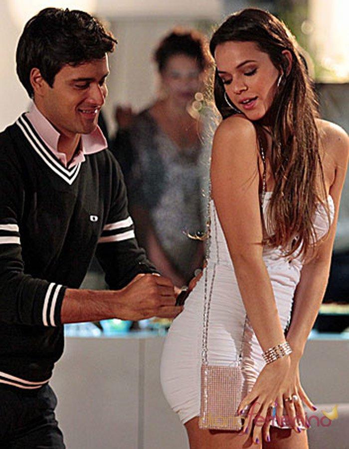 El vestido blanco más sensual de Bruna Marquezine, novia de Neymar
