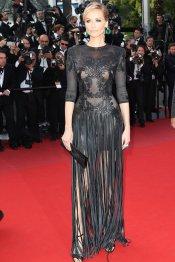 El vestido de fiesta con flecos de Adriana Karembeu en Cannes 2013