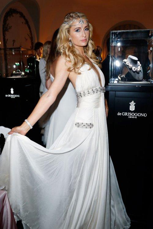 Paris Hilton, su look con vestido de fiesta blanco en Cannes 2013