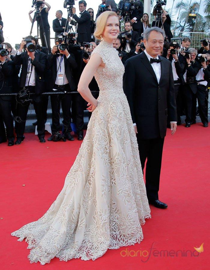 Nicole Kidman deslumbra con su vestido blanco de fiesta en Cannes 2013