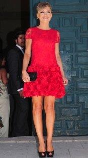 El vestido de boda de Luján Argüelles: vestido rojo perfecto