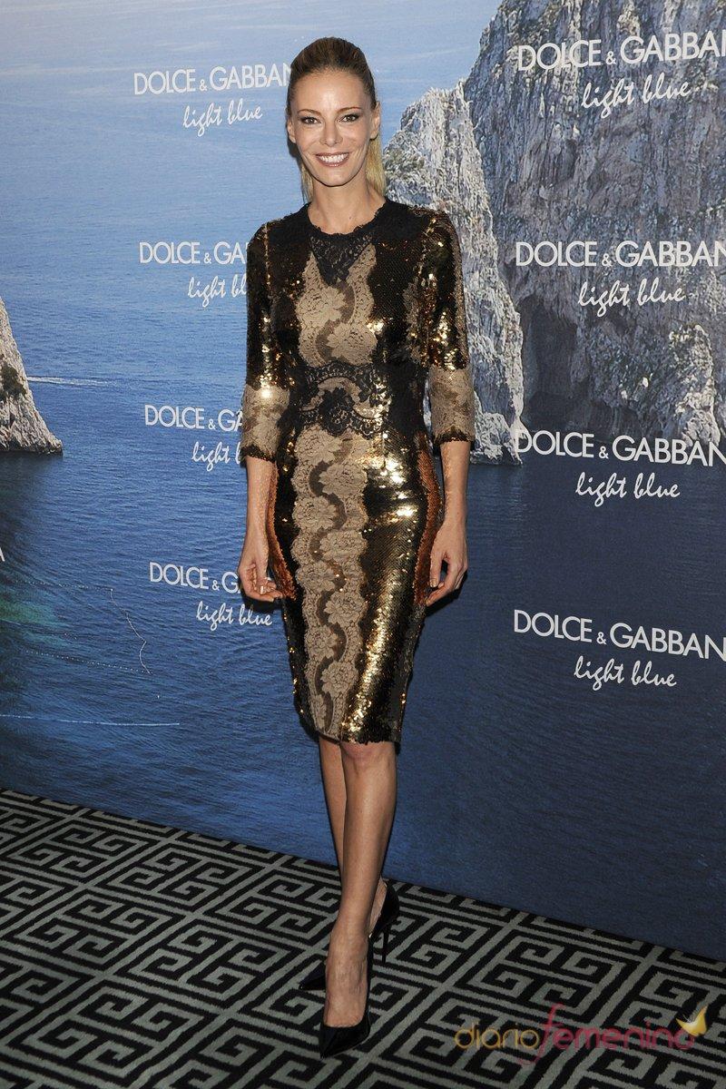 Paula Vázquez, look negro y dorado en la fiesta Dolce y Gabbana Mediterranean Summer 2013