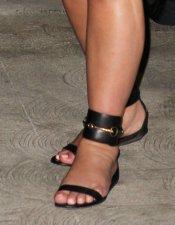 Los pies más gordos de Kim Kardashian: alucinantes