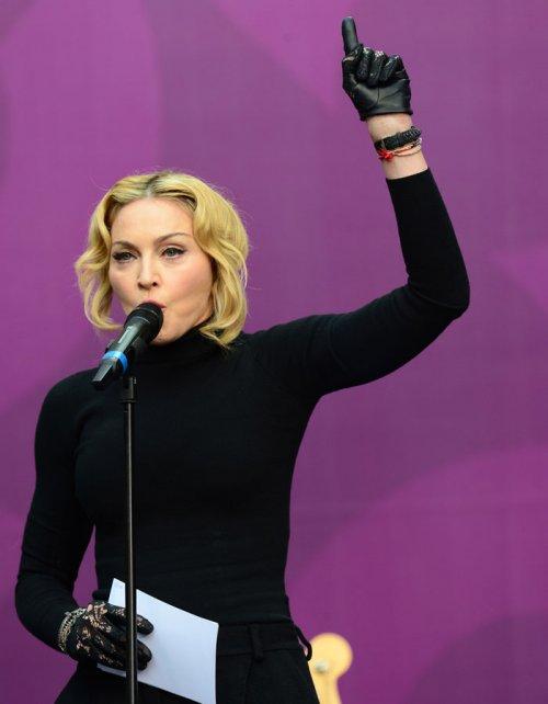 Macroconcierto por las mujeres: Madonna como maestra de ceremonias