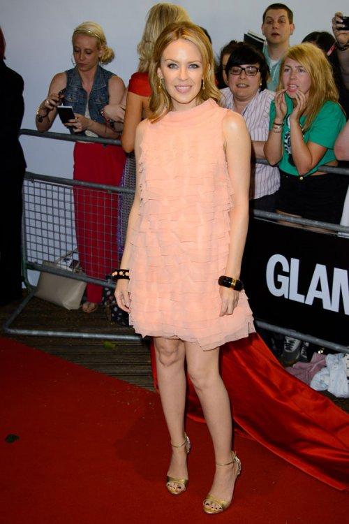Kylie Minogue, discreta en la fiesta del glamour de Londres