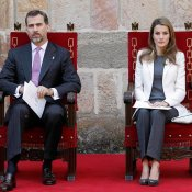 Letizia 'contagia' al Príncipe Felipe: seriedad al poder