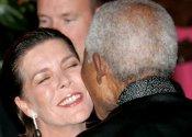 Nelson Mandela y Carolina de Mónaco, cariño total