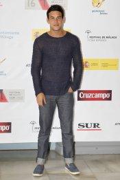 El look de Mario Casas en un evento del Festival de Cine de Málaga 2013