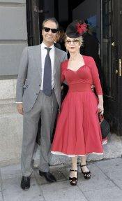 El look de Karmele Marchante en la boda de la directora de 'Sálvame Deluxe'