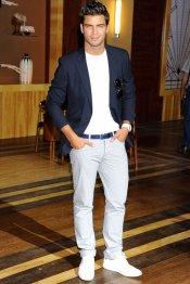 Maxi Iglesias, el otro guapo de Galerías Vélvet en Antena 3