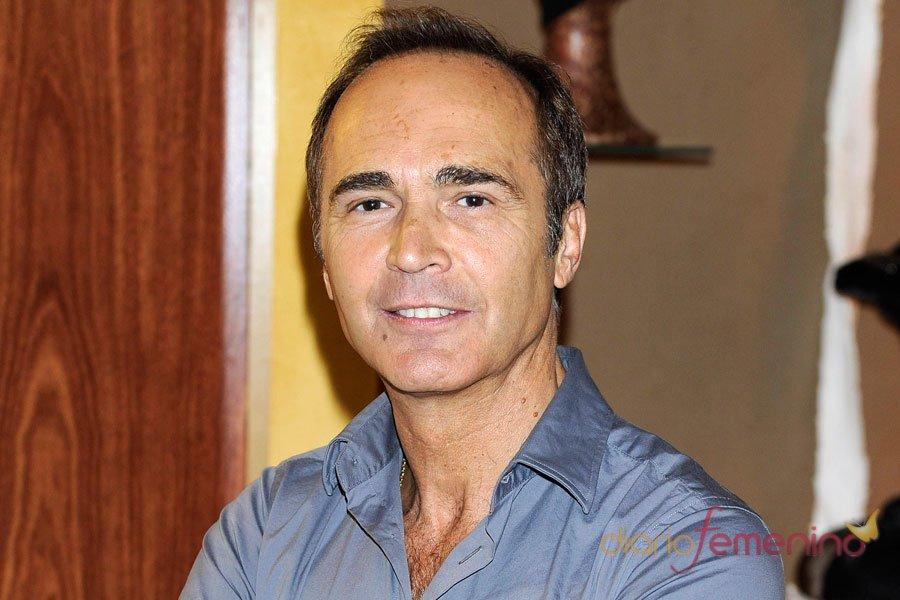 Juan Ribó, el otro maestro de Paula Echevarría en Galerías Vélvet
