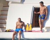 Jesús Vázquez disfruta de las vacaciones en Ibiza junto a su marido Roberto Cortés