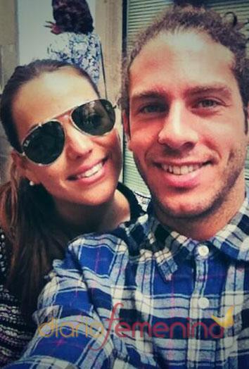 La pareja de GH 14 Sonia Walls y Kristia, desean un buen lunes a sus seguidores de Twitter