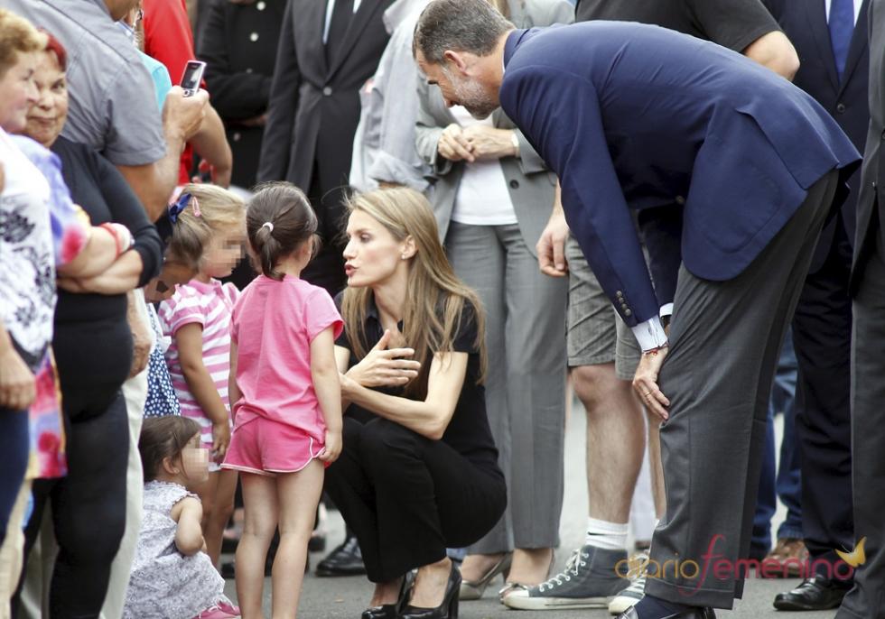 Letizia y el Príncipe Felipe se han trasladado a Santiago para acompañar a las víctimas