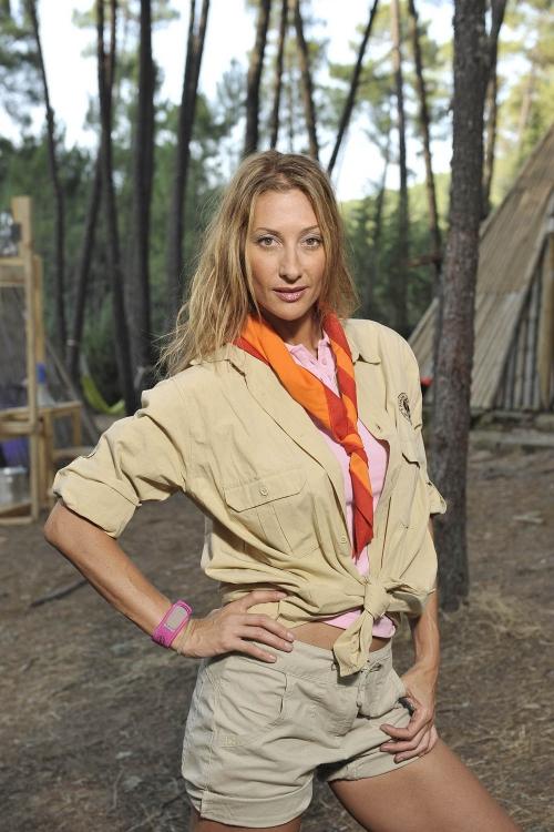 Mónica Pont es una exploradora de Campamento de Verano de Telecinco