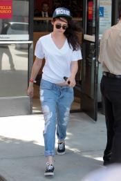 Kristen Stewart con un look más masculino que nunca